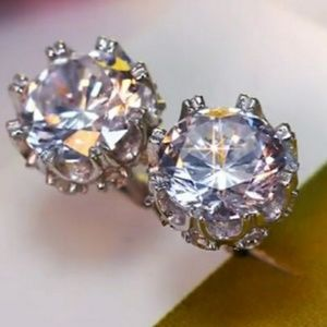 Jewelry - Silver round simulated solitaire diamond Earrings